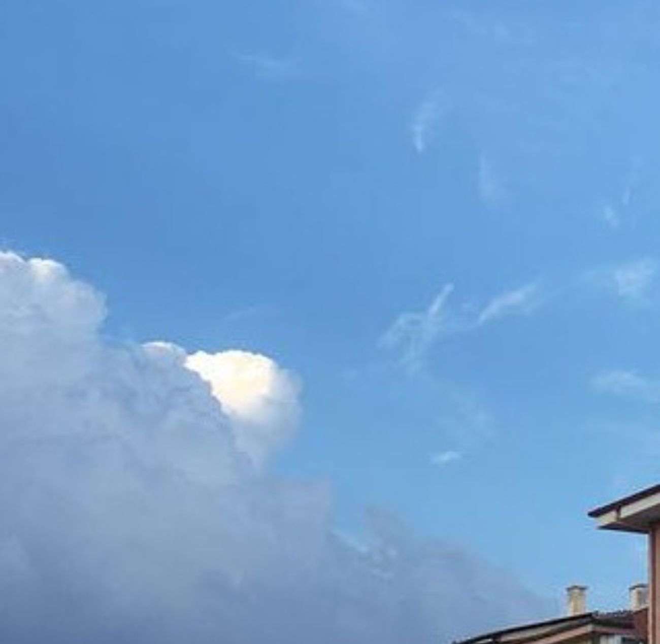 Blue Sky Beauty In Nature Cloudsstory Black&blue&white Miracle Of Life Lookatsky