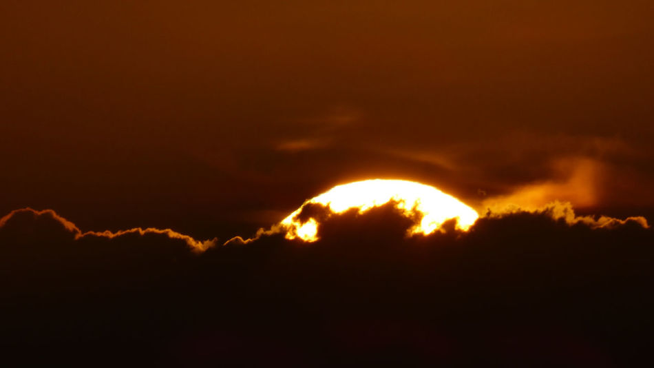Atmosphere Atmospheric Mood Cloud Cloud - Sky Cloudscape Cloudy Dramatic Sky Glowing Light Majestic Moody Sky Orange Color Outdoors Overcast Robert Abbett Silhouette Sky Storm Cloud Sunset Tranquil Scene