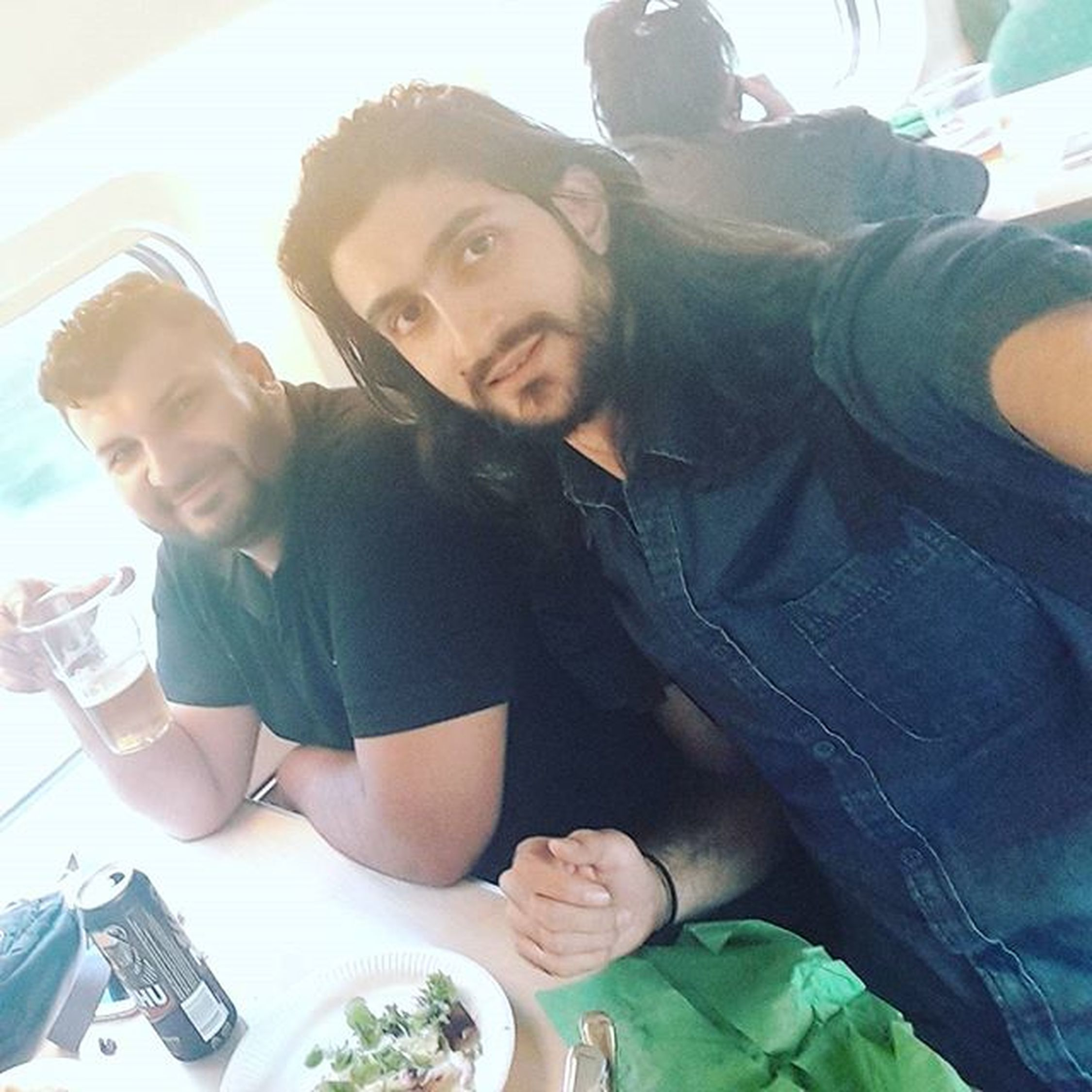 ود التميمي مشتاقلك اخوي )): الله يجعلك بخير و سلامة حبيبي .... Friends ^^ Filand Finland ^^ Train ** Happy Guys Throwback Travel Lunch ....