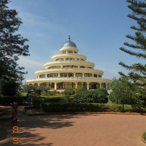 Meditation hall at The Art of Living International Aashram, Bangalore
