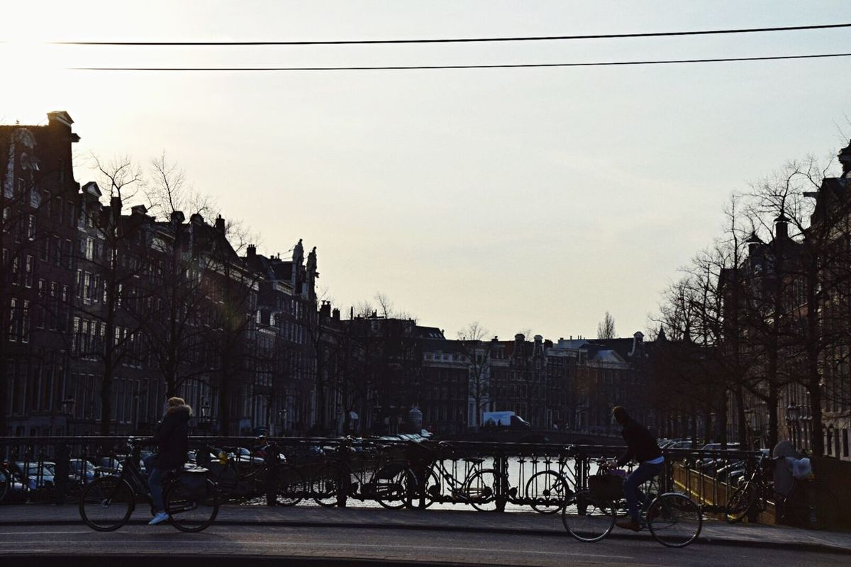 Amsterdam Live And Love
