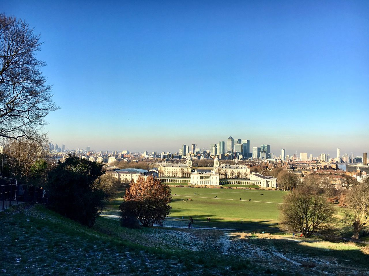 Oh Greenwich ... I will miss you Architecture City Cityscape Clear Sky Outdoors Sky Nature Day Urban Skyline Grass Beauty In Nature Winter Sun Cloud - Sky Londonsky Winter London Greenwich Park Greenwich,London London Lifestyle Urban Exploration