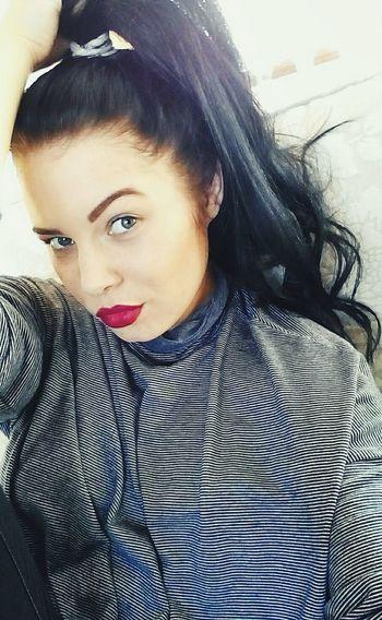 Olitangerine Ponytail Blogger Fashion Redlips Polishgirl Selfie