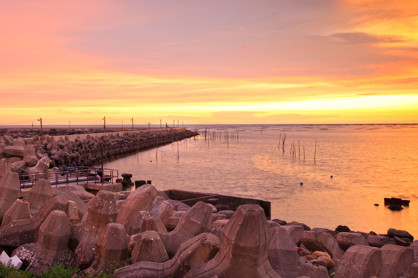 EyeEmNewHere Yunlin County, Kouhu, Fishing Port Beach Beauty In Nature Cloud - Sky Day Horizon Over Water Nature No People Outdoors Scenics Sea Sky Sun Sunset Tranquil Scene Tranquility Water