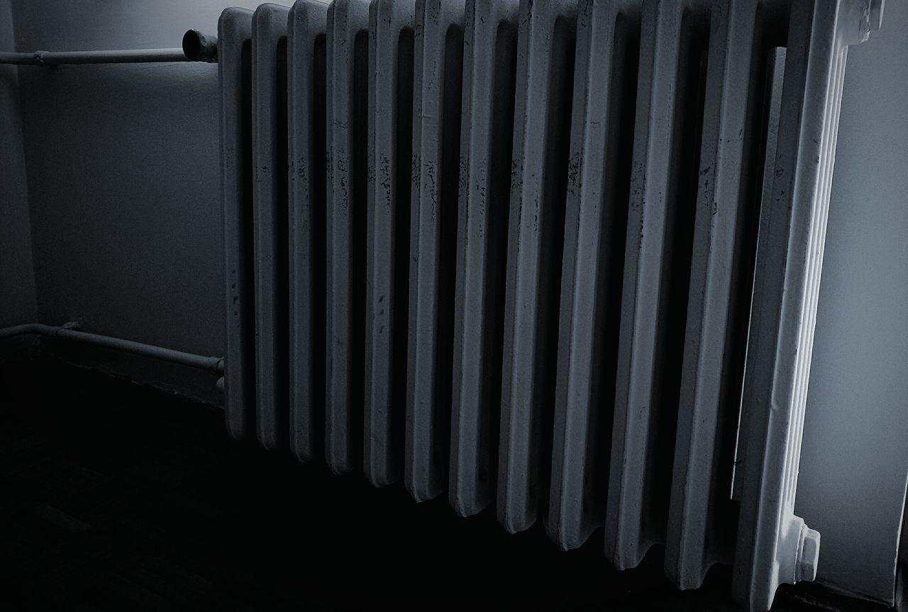 Radiator Oldradiator Black & White Heat - Temperature Looking Home