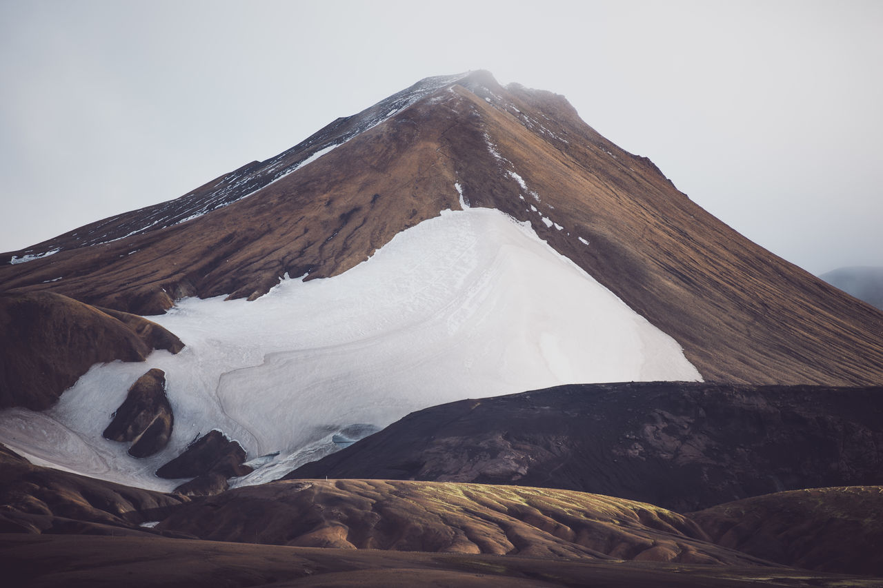 Hiking through the Icelandic mountain ranges in October is breathtaking ... far away from the touristic ring road i really enjoyed the calm but also rough atmosphere. Beauty In Nature Cloud Day Fog Landscape Mountain Mountain Peak Nature New No People Old Outdoors Snow Travel Trekking The Great Outdoors - 2017 EyeEm Awards