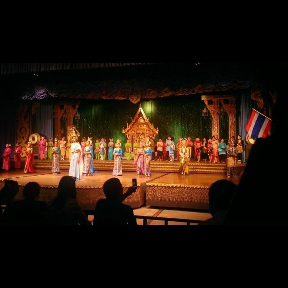 Thai cultural show at Pattaya Thailand Dancing Iger Igersoftheday Igoftheday Asian  Htcse Htc8x Pattaya