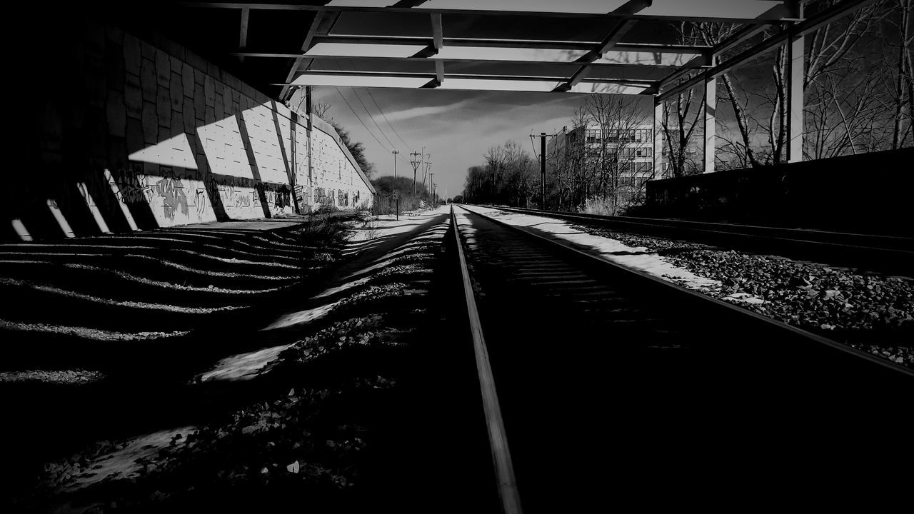 Railroad Track Freeway Overpass Concrete Street Art Streetphotography Light To Dark This Week On Eyeem Contrasting Colors Contrast EyeEm Best Shots - Black + White Black And White Black And White Photography Black And White Collection  Black & White Dark Light Snow ❄ Railway Buildings & Sky Desolate Light And Shadow