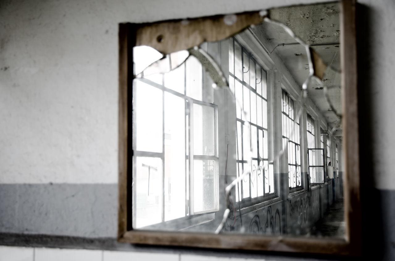 Diminishing Glass