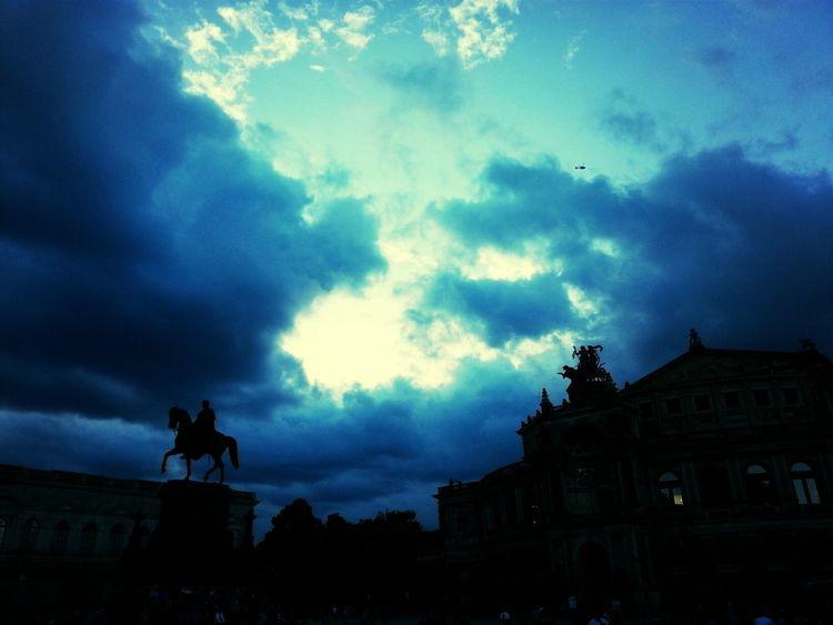 Stadtfest Dresden Before Rain Philharmonie