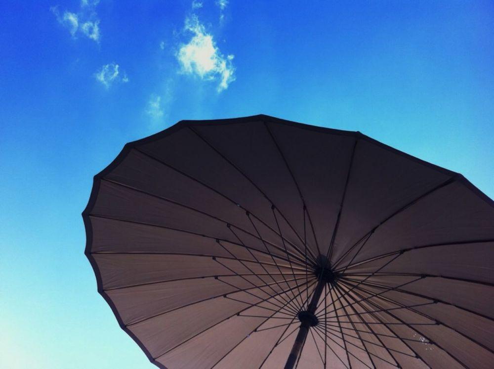 Sommer Blau Sonnenschirm Himmel Oben Geometric Shapes