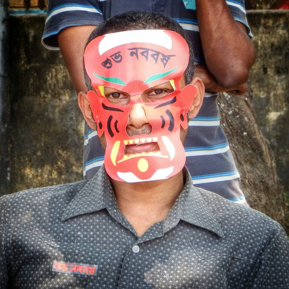 Faces Of EyeEm Smiling Strangers People Of Bangladesh EyeEm Best Shots Portrait Street Photography Jessore Masked Man