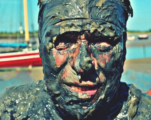 Maldon Mud Race at Maldon, Essex by Richard Chambury