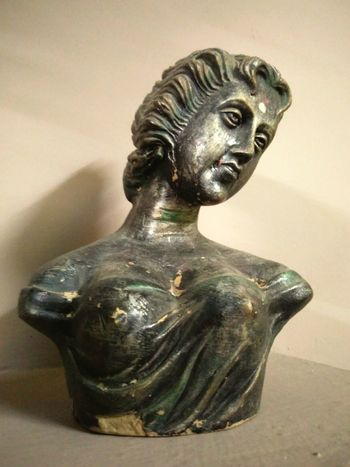 20 years old sculpture in my home!! Check This Out StillLifePhotography Sculpting A Perfect Body Sculptures Memories