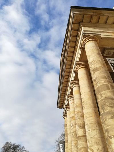 Säulen und Kapitäle Landestheater Lippische Landestheater Detmold, Germany Detmold Theater Architecture Built Structure Travel Destinations History Low Angle View Cloud - Sky Day Architectural Column Building Exterior No People