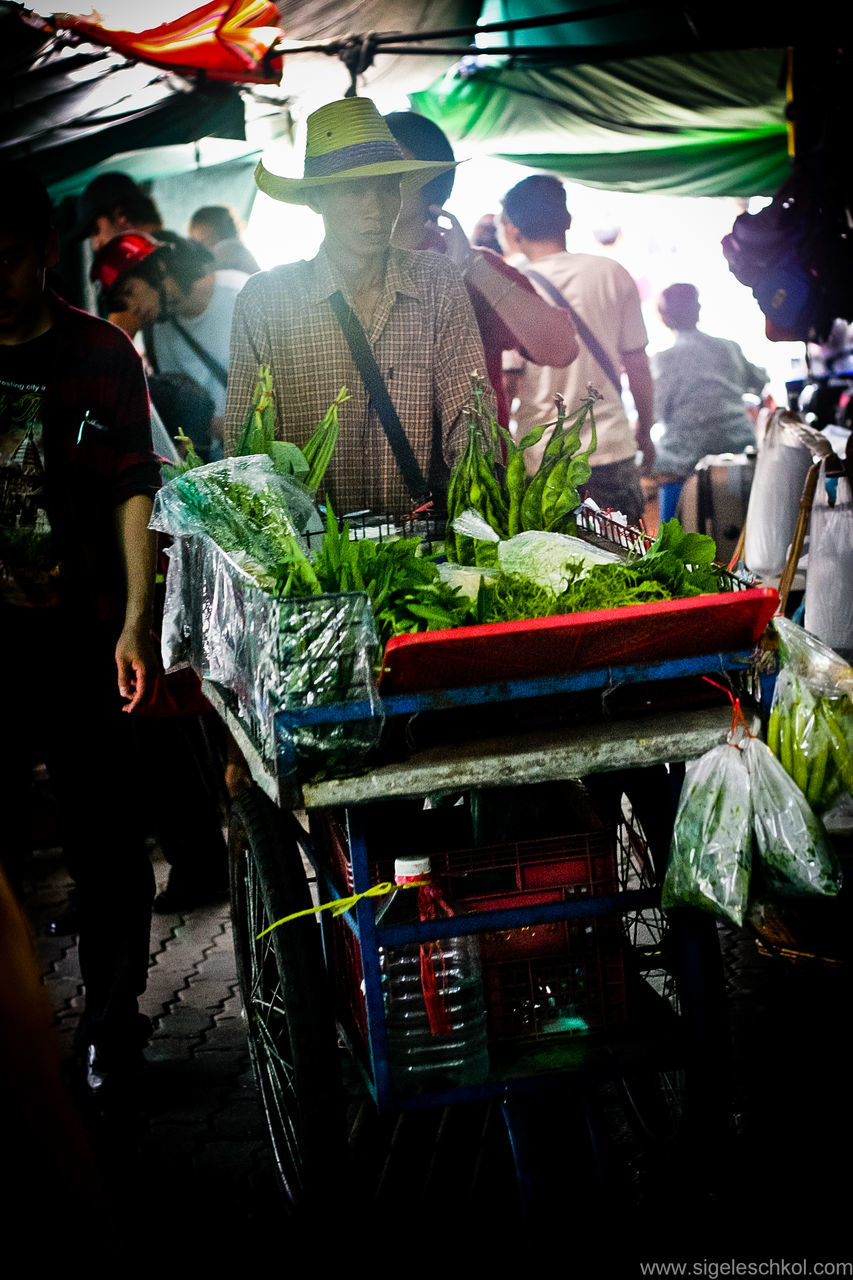 vegetable, food and drink, freshness, retail, food, real people, market, healthy eating, farmer market, for sale, market stall, men, variation, day, outdoors, standing, women, lifestyles, group of people, people