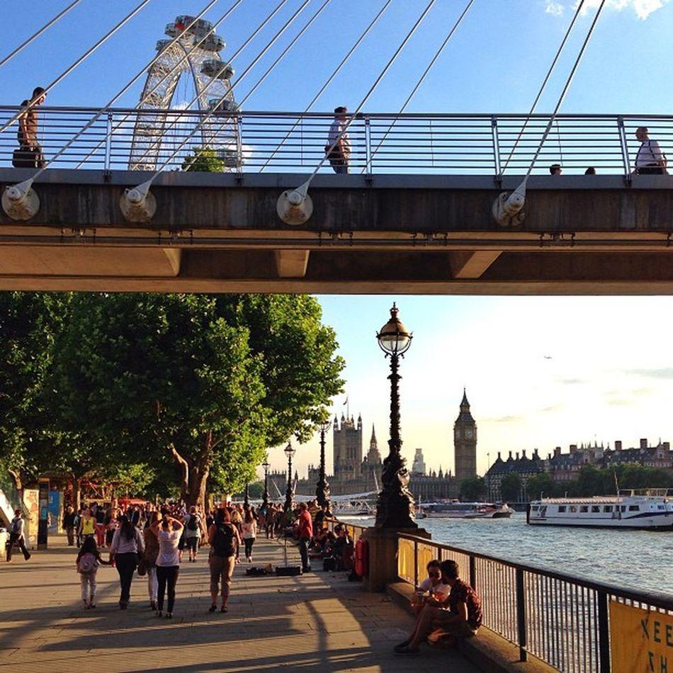 Busy #London on #Southbanks ☀️????? #londoneye #bigben #milleniumbridge Thisislondon Gi_uk Igers_london Ig_england Love_london London Ic_cities_london LondonEye Ig_london Bigben Aauk Gang_family Capture_today Londonpop Loveyoursummer Milleniumbridge Mashpics Allshots_ Top_masters London_only From_city Gf_uk Pro_shooters Alan_in_london Insta_london Southbanks