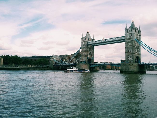 London Tower Bridge  Sightseing River Thames