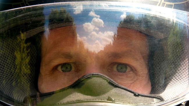 Motorcycle Helmet Eyes Helmet Motorbike Helmets Motorcycle Motorcycle Helmet Reflection