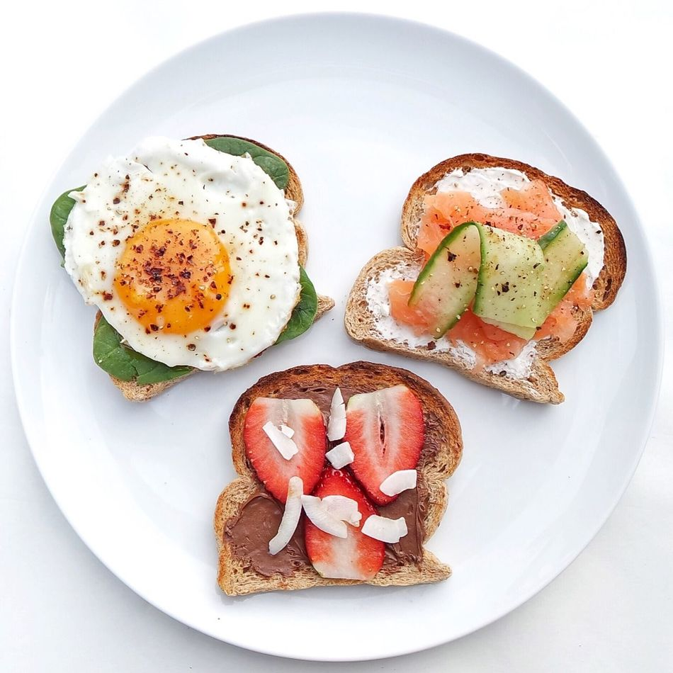 Sandwiches Food Plate Serving Size Healthy Eating Freshness Bread Breakfast Indoors  Sandwich No People Toasted Bread Egg Yolk Brunch Close-up Breakfast High Angle View White Background