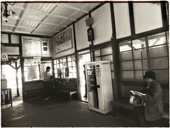 Because every picture tells a story......。  長瀞 長瀞駅 レトロ レトロな建物 レトロなノイズシリーズ Nagatoro Nagatoro,saitama,japan Local Life Localscene Retro Retro Photography Retrorevival Retro Station Timeless Take Me Back Vintage At Its Best  From My Point Of View EyeEm Best Shots From My Perspective EyeEmNewHere EyeEm Gallery Full Frame Olympusinspired Olympus Photography