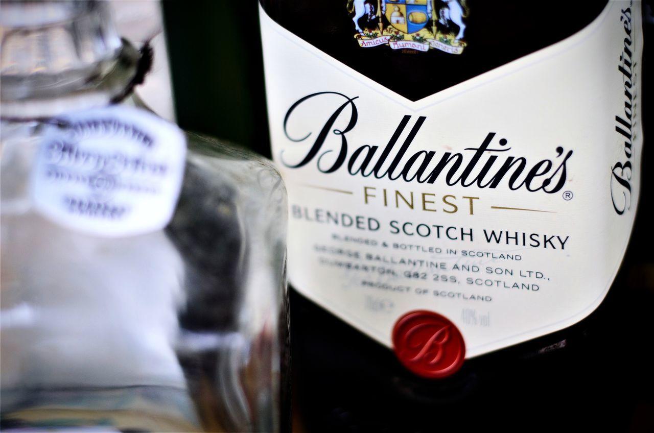 Drink Day Bottle Alcohol Ballantines Skotch Whiskey Sunday Goodmoments White Color