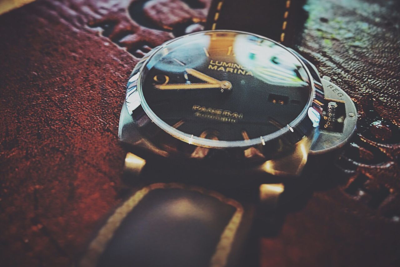High Angle View Selective Focus Close-up Time Wristwatch Technology Watch Light And Shadow Panerai Luminormarina Watch This Congregation IPA Sony A6000 Sony EyeEm Best Shots EyeEm Gallery Eyeemphotography Focus Perspective Reflection