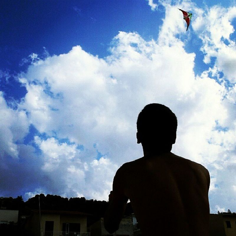 Acrobatic Kite Blue Sky summer windy day big clouds i looks like an african :)