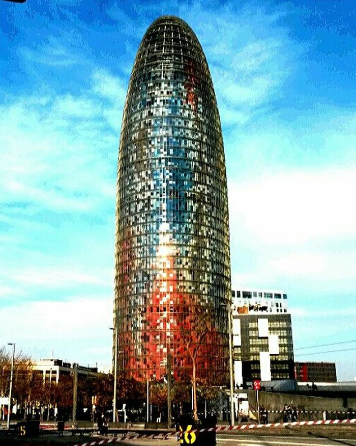 Architecture Thebcnpost Taking Photos Urbanphotography My City My Running View Barcelona♡♥♡♥♡ Color Explosion Urban Geometry Missile Streetphotography Street Photography Architecturelovers