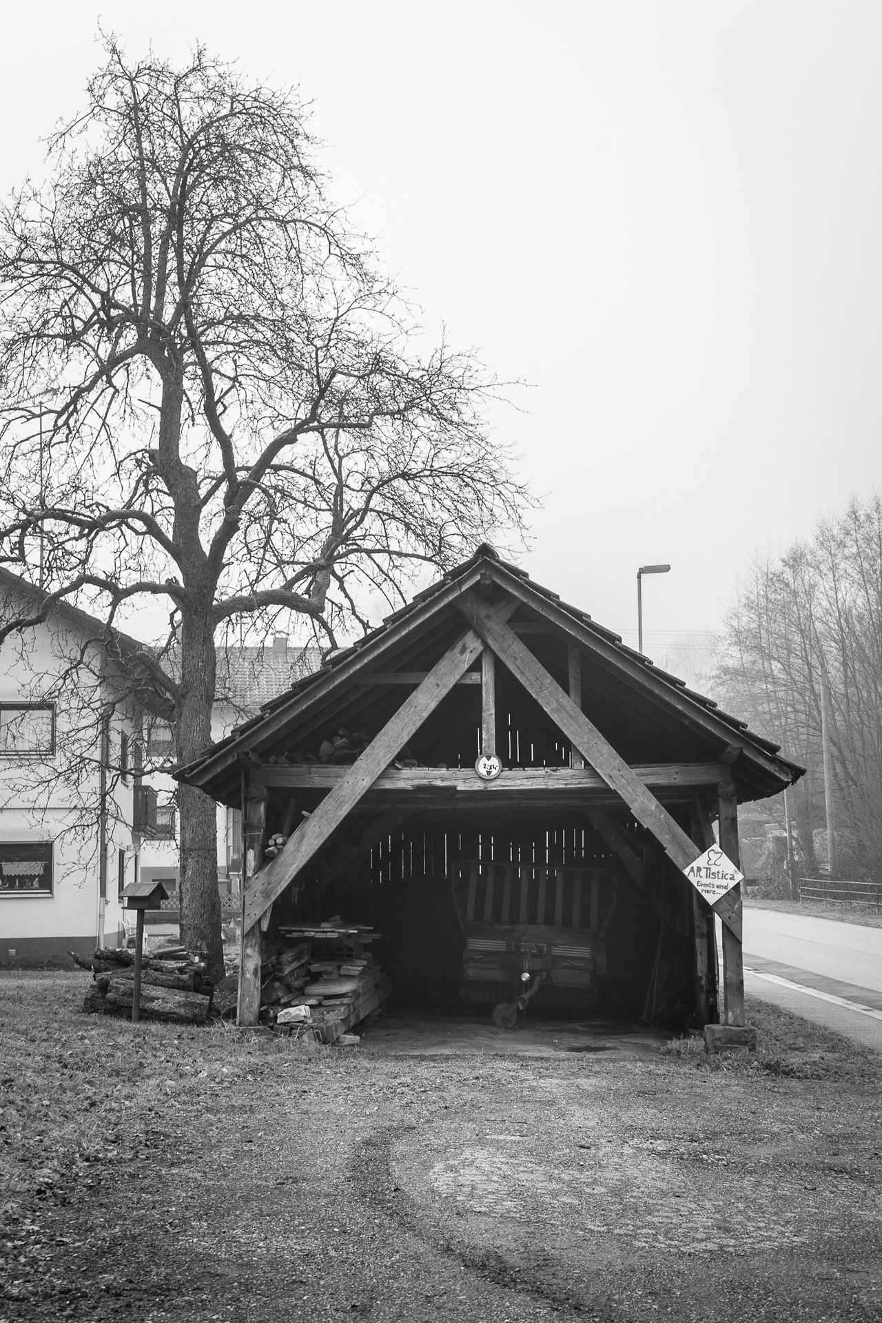 ••• THAT LITTLE BARN ••• ---------------------------------------------- Tree Built Structure Architecture Outdoors No People Building Exterior Bare Tree Day Gazebo Sky Eberbach Baden-Württemberg  Germany Heidelberg Barn Farmer Blackandwhite Monochrome Blackandwhite Photography South Old Buildings Black&white