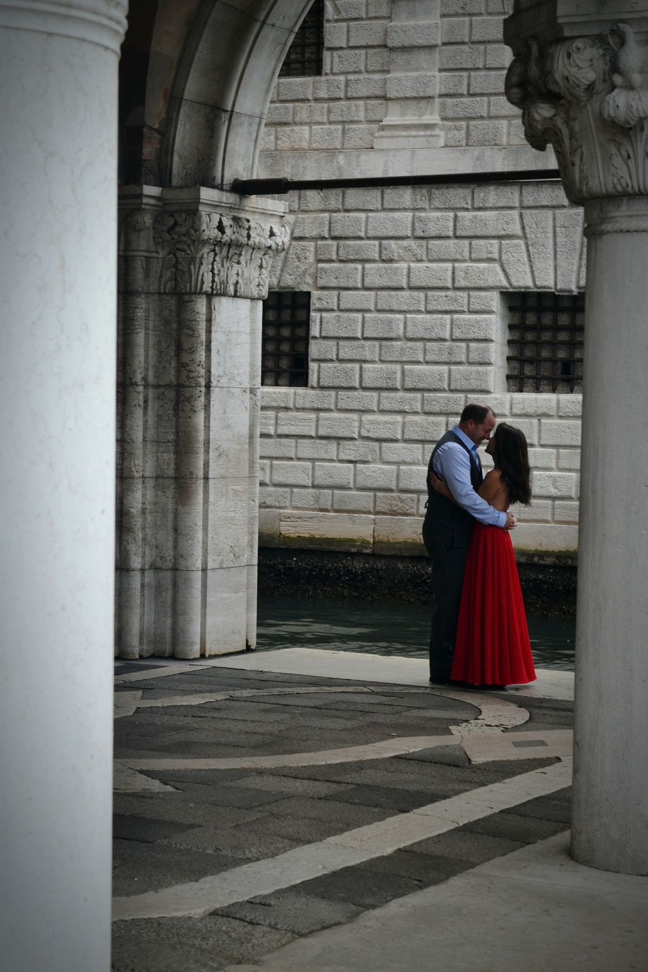 Two People Togetherness Love Full Length Rear View Architecture People Real People Outdoors Well-dressed Day Streetphotography Red Dress Cuple Cuple Photography