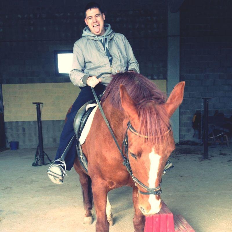 A lomos de #Axel el caballo de #minena @axelhos.. De verdad que estaba acojonado!!