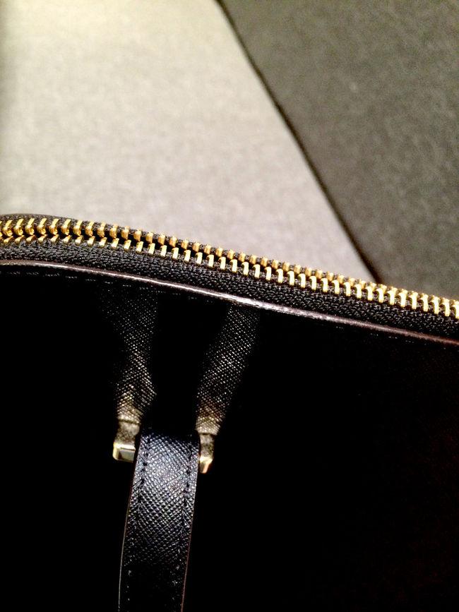 Bag Bags Black Bag Black Bags Close-up Cute Cute Bag Design Detail Elegant Elegant Bag Focus On Foreground Girly Bag Illuminated Ladies Bag Luxury Luxurylifestyle  Nice Bag No People Part Of Repetition Selective Focus Sofa Zipper Zipper Bag
