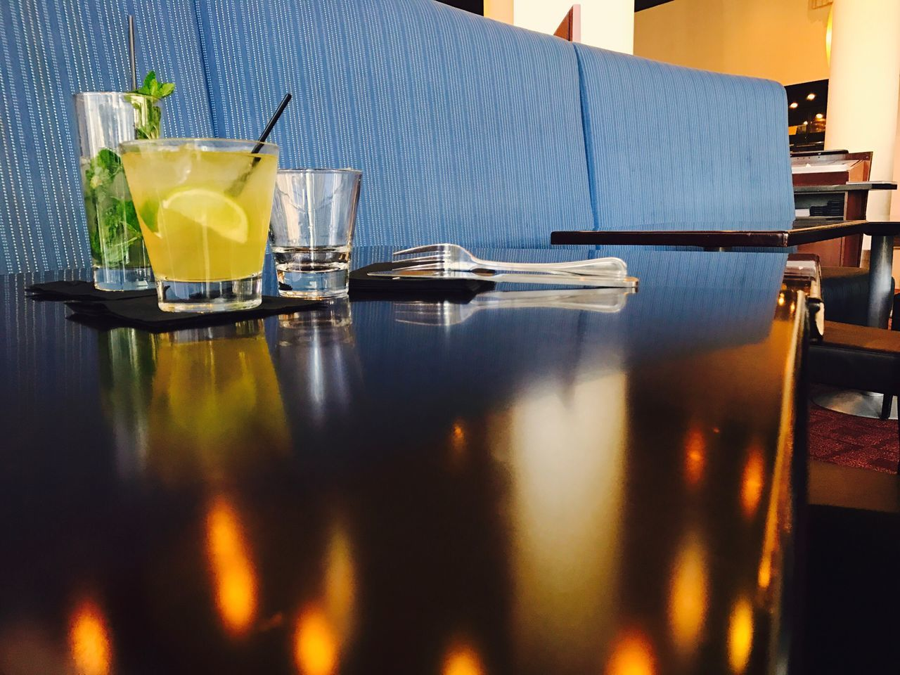 drinking glass, table, refreshment, drink, food and drink, indoors, no people, day, water, close-up, freshness