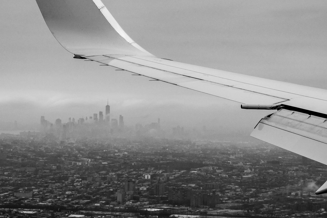 take my breath away (2017) 2017 Airplane Architecture Attracting Black & White Black And White Blackandwhite Building Exterior Built Structure City Cityscape Dark Day Dreams Fascinating Gloomy JFK Manmade Metropolis New York Silhouette Sky Skyline Skyscraper Vintage