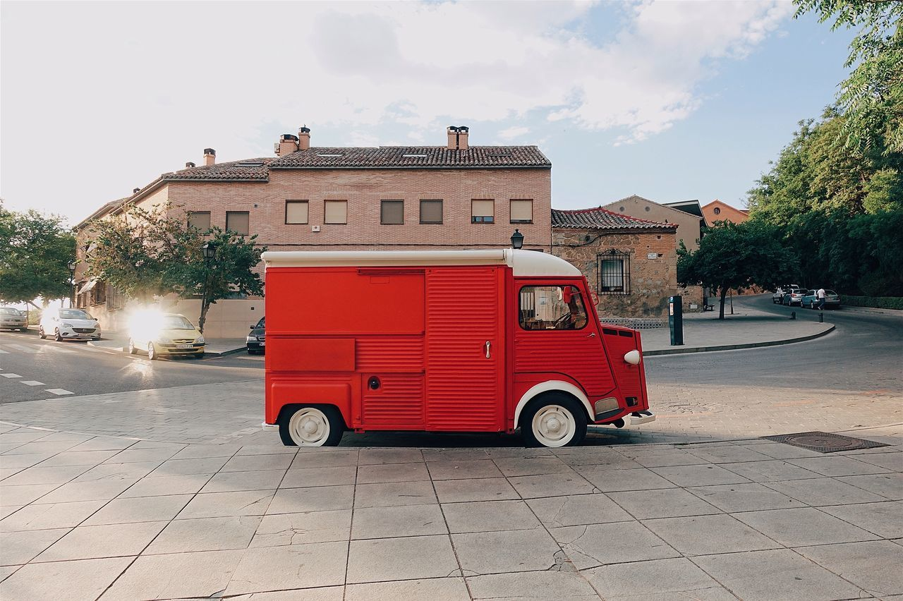 Red Car Streetphotography Street Sunset Colors Sunlight Auto Funny Fun Travel Outdoors Mode Of Transport Built Structure No People City City Life Vintage Cute Sky Transportation Day SPAIN Colorful Lifestyles