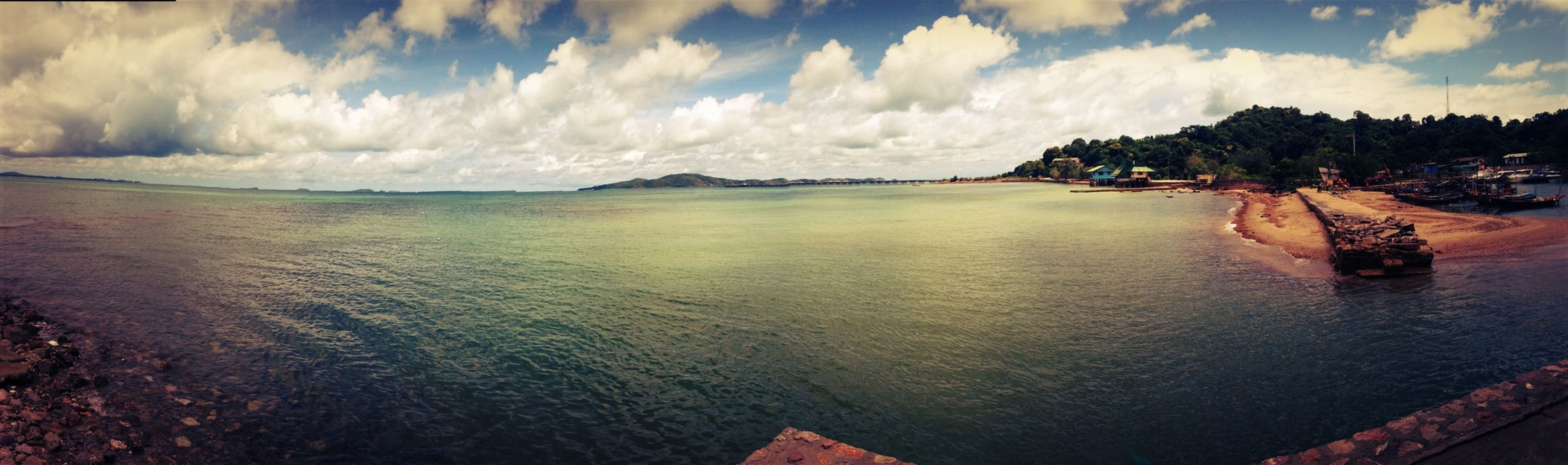 water, sky, sea, tranquil scene, scenics, tranquility, cloud - sky, beauty in nature, nature, cloud, cloudy, idyllic, rippled, panoramic, waterfront, outdoors, coastline, day, no people, non-urban scene