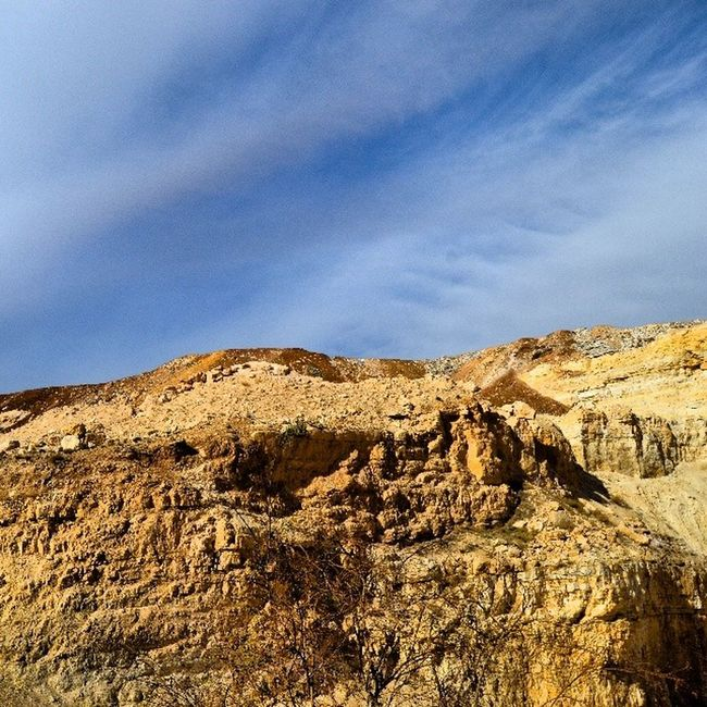 Mountain Clouds Sky Sky_masters skyviewers skymasters skymaster sand stone stone_layers amman jordan seeamman beamman wadi_alqattar spiritofjordan discoveramman discoverjo