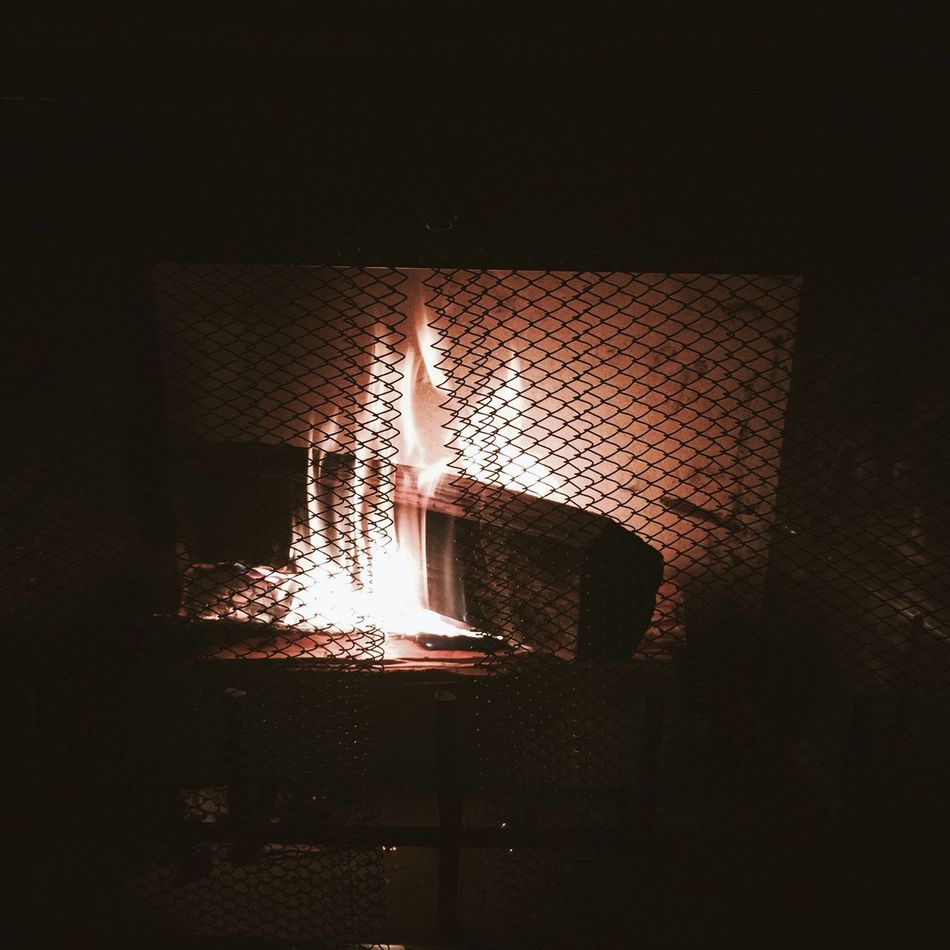 Beautiful stock photos of fireplace, Burning, Chainlink Fence, Fire - Natural Phenomenon, Fireplace