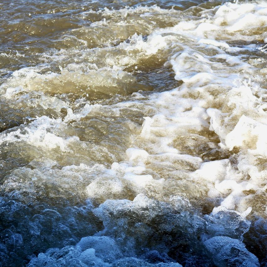 Water Rushingwater Riverside Photography No People Beauty In Nature Outdoors Backgrounds Motion Wave Close-up Nature Day Clear