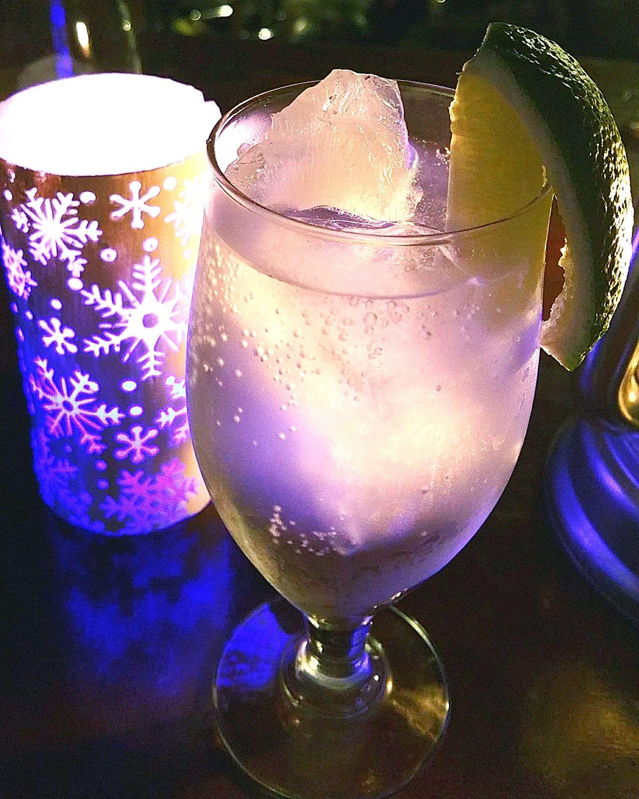 次はジントニックです。 Cocktail Drink Gintonic ジントニック Hello World 美味しい