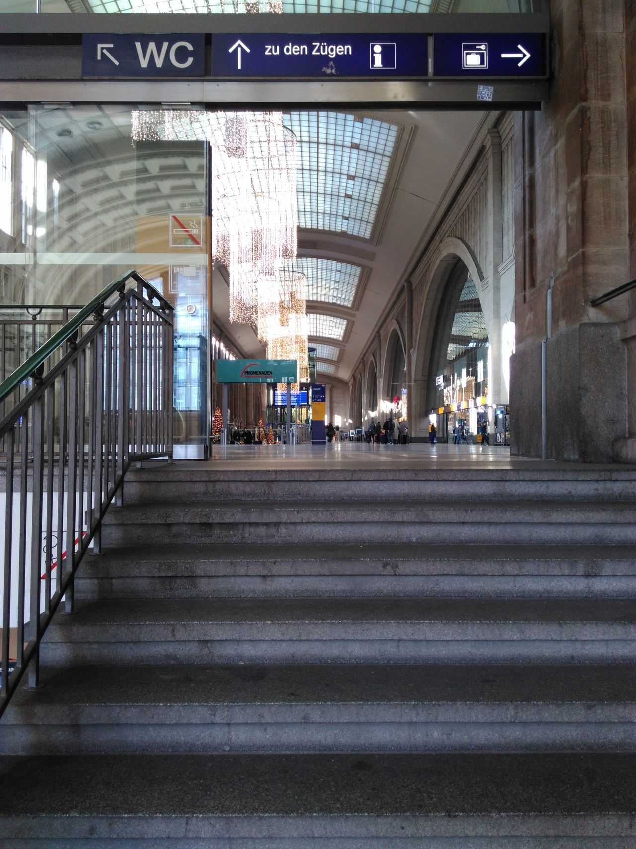Leipzig Bahnhof Railroad Station Stairs Stufe Treppen No People Full Frame Architecture Pattern Backgrounds Stiegen Indoors