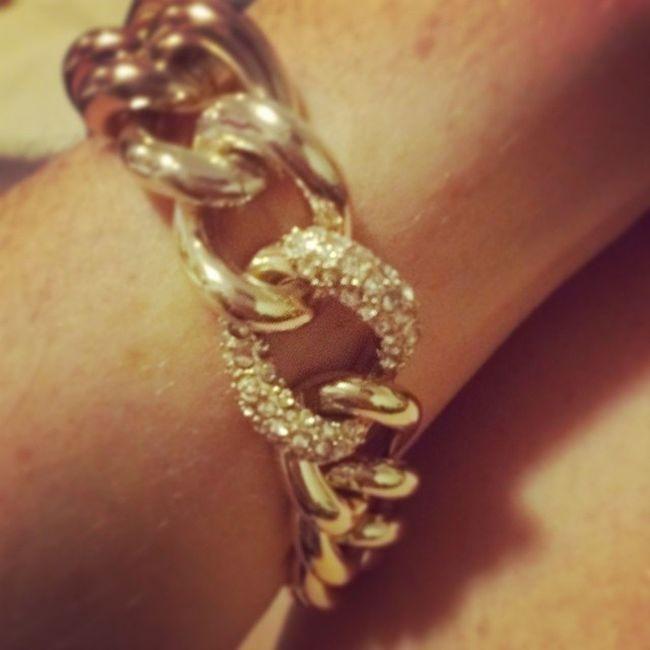 I love it! My new bracelet from Victoria's Secret Victoriassecret Thegirlsgotbling Shimmerandshine
