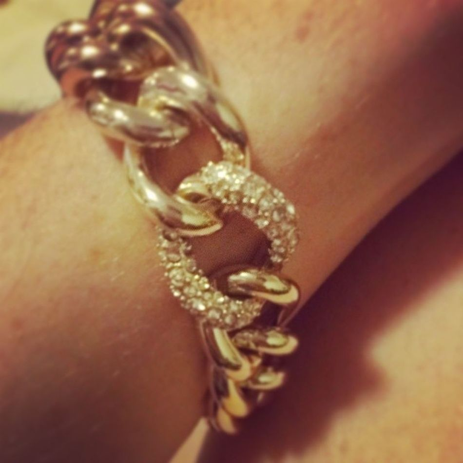 I love it! My new bracelet from Victoria's Secret Victoriassecret Thegirlsgotbling Shimmerandshine