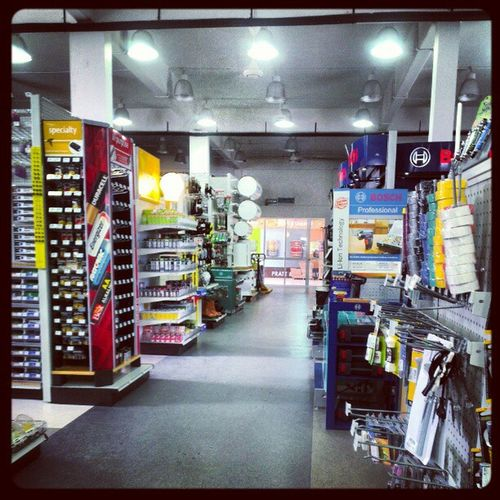 NOW this is a MensStore Toolstore Hardwarestore Mondays