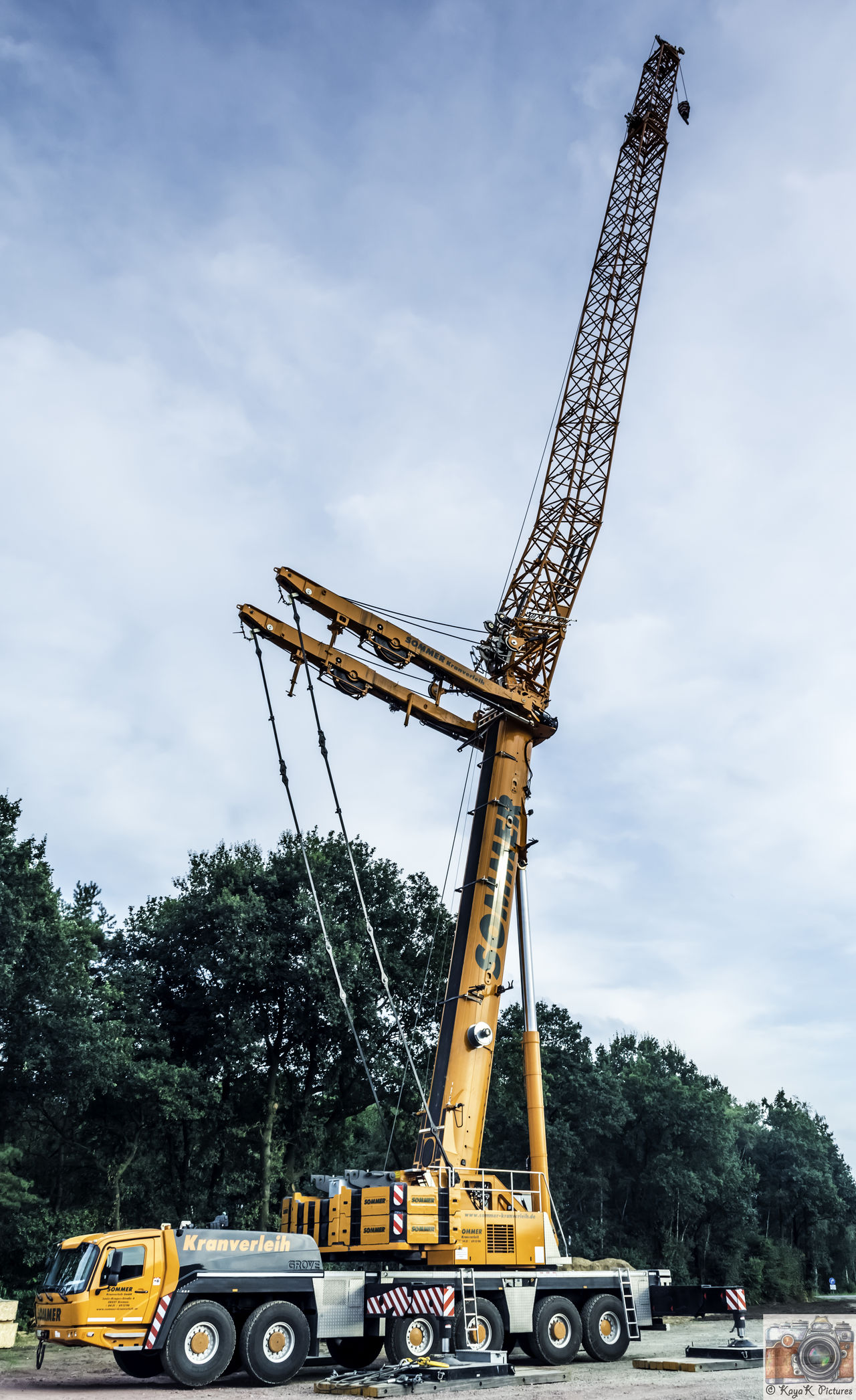 Cloud Cloud - Sky Cloudy Construction Machinery Crane Crane - Construction Machinery Crane Truck Craneporn Cranes Cranespotting Day Development Engineering Iron - Metal Low Angle View Nikon Nikon D5500 Nikon D5500 Inner Structure Model Nikonphotography No People Outdoors Sky Tall Tall - High Tower