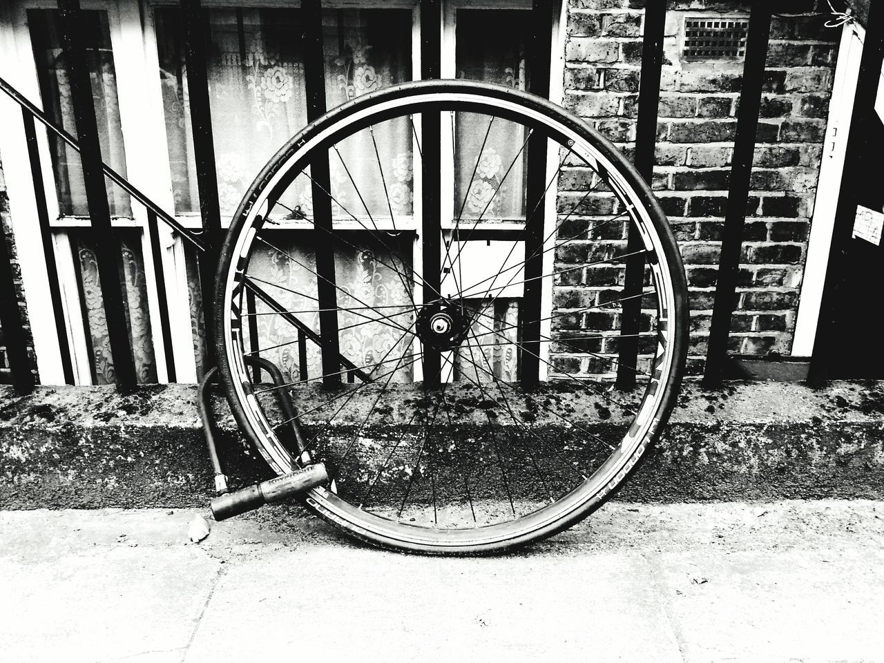 Metal No People Day Built Structure Outdoors Building Exterior Architecture Close-up Bicycle Bicycle Wheel Old-fashioned London Streets Black And White Photography