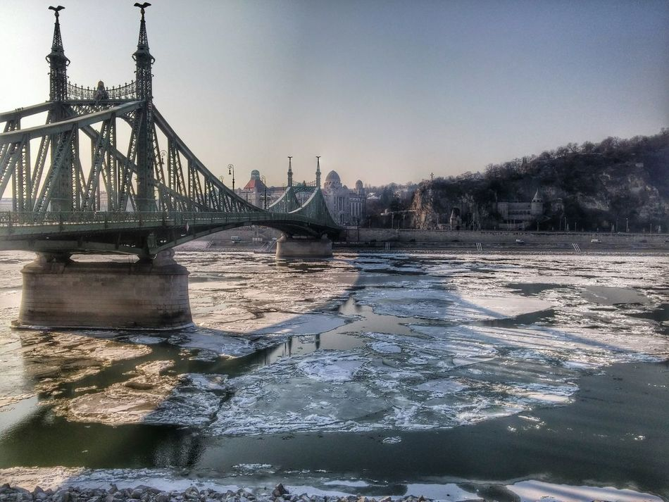 Budapest Ice Winter Wintertime Danube River Debacle Cold Cold Days