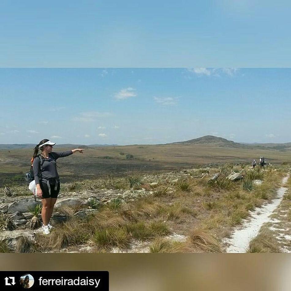 Repost @ferreiradaisy with @repostapp ・・・ Travessia Lapinha - Tabuleiro. Simplismente incrível. 45km, muitas dores e o gostinho de quero mais! Equipe @varamato vcs são de mais! Varamato Lapinhadaserra Tabuleiro Vcmochilando MG  Trekking