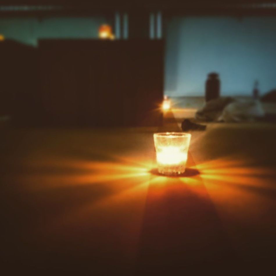 Candle lights in yin class today. BYO Bikramyogaoslo Yinyoga Deepstretch Relax